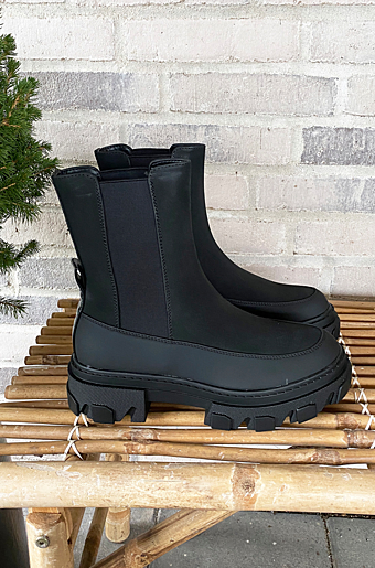 Tola Chunky Boots Sort