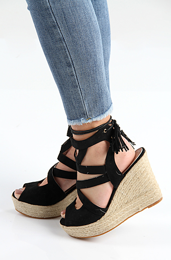Eleanor Wedges Sort