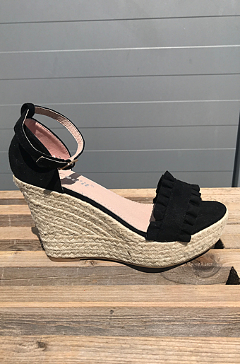 Clara Wedges Sort
