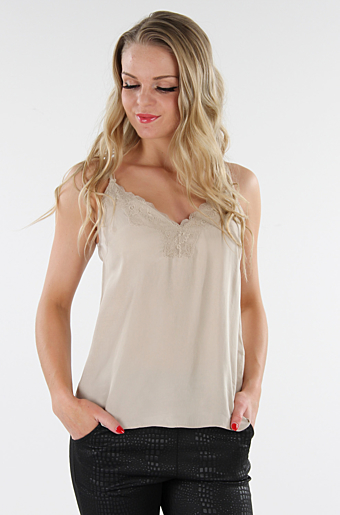 Vikalia Top Soft Camel