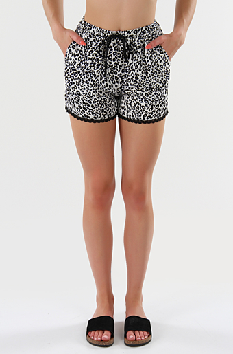 Viniall Tiana Shorts Cloud dancer